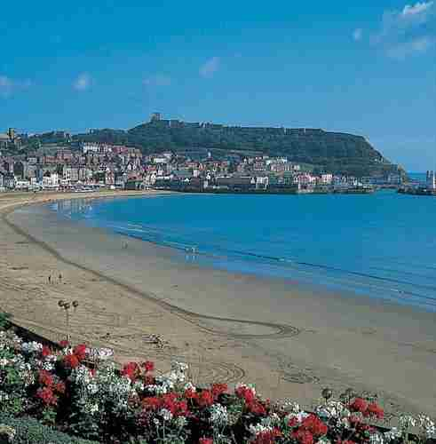 WEEKEND PLUS - SCARBOROUGH & BEVERLEY FESTIVAL OF CHRISTMAS in Scarborough on 07 December 2018
