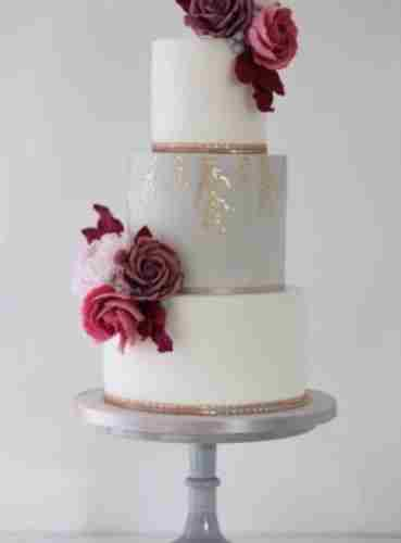 Modern Drama: Pink Peony and Rose 3-Tiered Cake with Emma Woods in Surrey, on 22 Nov