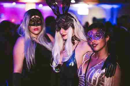 NYE 2019 Moonlight Masquerade @ Double Tree Hilton in Richmond on 31 Dec