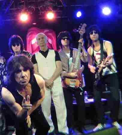 The Counterfeit Stones in Southend-on-Sea on 16 Mar