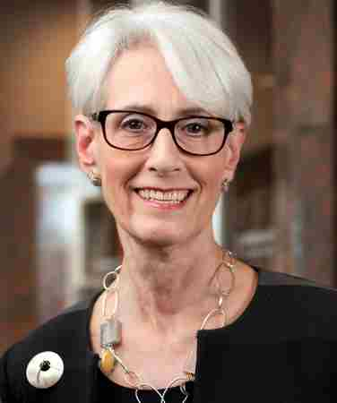 In Conversation with Wendy Sherman and Philip Mudd in Great Neck on 28 Apr