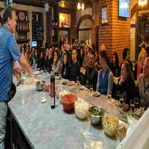Make Pizza, Drink (Bottomless) Wine & Beer: Manhattan in New York on 29 Jun