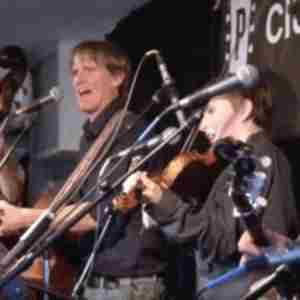 Fiddlin' Quinn & The Berry Pickers w/ Crowes Pasture at 7:30 pm, Mar 14th in Arlington on 14 Mar